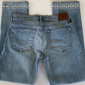 Lucky Brand Embroidered Sweet Crop Jeans 2/26